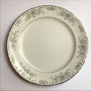 Norleans China Theresa Chop Plate Round Platter